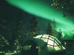The igloo village in Kakslauttanen, Saariselkä, in Finnish Lapland is the ideal spot to lie back and enjoy the Northern Lights.