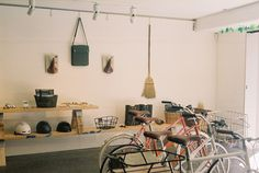 a non-sporty bike shop, tokyo bikes. by schorlemädchen.