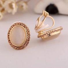 Gold Color Stone Rhinestone Geometric Clip on Earrings for Women Pendant Earrings, Crystal Earrings, Clip On Earrings, Women's Earrings, Charm Jewelry, Jewelry Gifts, Animal Jewelry, Ear Studs, Fashion Earrings