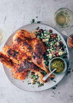 Ramen (noedelsoep) met rode curry en kip - Uit Paulines Keuken Curry Ramen, Piri Piri, Poke Bowl, Moussaka, Tandoori Chicken, Chicken Wings, Fresh, Meat, Ethnic Recipes