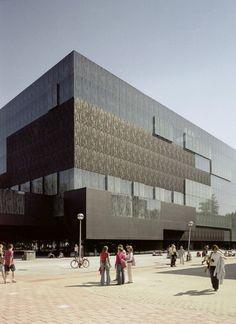 Architect: Wiel Arets Architects Location: Utrecht, The Netherlands Client: University Utrecht Consultants: ABT Adviseurs; Huygen Installatieadviseurs