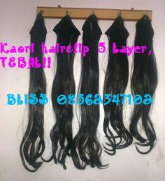 KAORI HAIRCLIP MURAH, 5 LAYERS , NAMPLOK TEBALNYA!!  Hairclip Kaori 5 Layers medium, dijamin tebal!! Teksturnya halus seperti rambut asli Bisa bikin rambutmu makin panjang bervolume. Jepitkan dimana saja kamu suka, dan lihat hasilnya hanya dalam hitungan menit saja!  Info & Order: Sms: 08562347102 Pin: 2AB500B8 WhatsApp: 082117717331