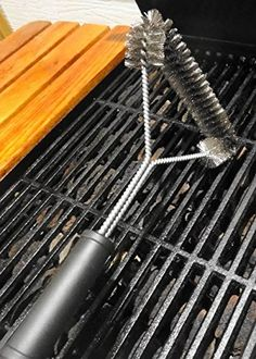 Bbq Kitchen, Kitchen Items, Kitchen Gadgets, Bbq Cleaner, Aussie Bbq, How To Clean Bbq, Grill Brush, Grill Grates, Barbecue Grill