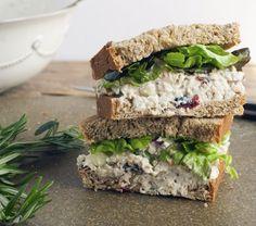 Great Sandwich! ★ Cranberry Pecan Chicken Salad Sandwich ★ plumpiecooks.com