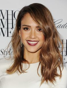 Nobody does ombré hair quite like Jessica Alba. Note how her two-tone hair blends subtly from rich coffee to a lighter bronze.