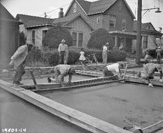 Workers paving Empire Way, 1958