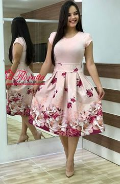 Cute Dresses, Beautiful Dresses, Modest Fashion, Fashion Dresses, Fall Floral Dress, Princess Prom Dresses, African Wedding Dress, Light Dress, Frock Design