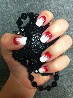 White ans Red Nails