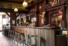 I'd like to own a bar like this.....