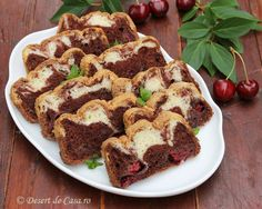 chec cu cirese si ciocolata French Toast, Food And Drink, Breakfast, Desserts, Morning Coffee, Tailgate Desserts, Deserts, Postres, Dessert