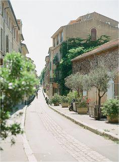 exploring Provence | Image by Gert Huygaerts