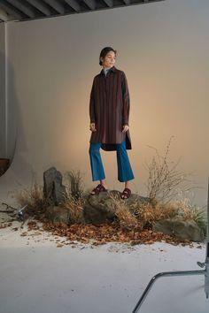Rosetta Getty Pre-Fall 2018 Fashion Show Collection<br> Fashion Photography Inspiration, Editorial Photography, Art Photography, Design Set, Fashion Shoot, Editorial Fashion, Fashion Trends, Rosetta Getty, Autumn Fashion 2018