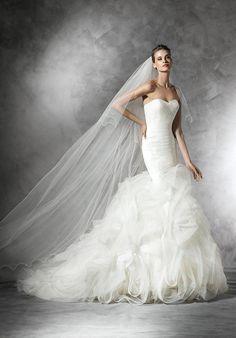 Pronovias Mildreds16 Wedding Dress. Pronovias Mildreds16 Wedding Dress on…