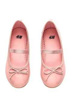 Ballet flats with elastic strap over foot, decorative bow at front, grosgrain trim at top edge, and loop at back. Satin lining and insoles and rubber Justice Clothing, Decorative Bows, Pink Kids, Leggings, H&m Online, Grosgrain, Jeans, Rose, Ballet Flats