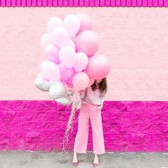 "17"" Round Balloon - Real Pink at Studio DIY"