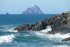 The Skelligs, Co. Luxury Holidays, Renting A House, Kayaking, Ireland, Cottage, Homes, Vacation, Water, Outdoor