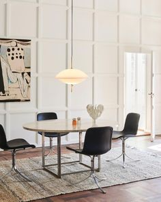 The new Clam™ pendant light, designed for Fritz Hansen by Ahm and Lund, delivers both remarkable form and mood-enhancing ambiance. Inspired… Furniture Decor, Furniture Design, Tulip Chair, Dining Chairs, Dining Table, Fritz Hansen, Contemporary Furniture, Scandinavian Design, Home Accessories