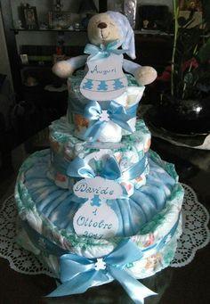 Torta di pannolini per battesimo