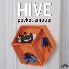 """@3dshook's photo: """"A neat pocket emptier with the right amount of compartments and a hook for keys. Ideally, place near entrance of your home. Check us out at www.3dshook.com #3dprint #3dmodels #3dprinted #3dprinter #3dprinters #3dprinting #makers #makersgonnamake #PrintEverything #tech #technology #design #deco #decor #interiors #homedecor #geometric #keyhanger"""""""