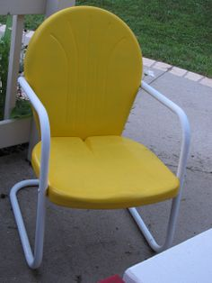 Old Metal Lawn Chairs | Old Metal Lawn Chairs get a new look!