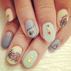 amazing!!! The Best Nail Art of the Week: Summer Pastels Edition: Gorgeous paisley pastel.