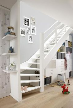 25 Awesome Staircase Design For Small Saving Spaces | Home Design And Interior