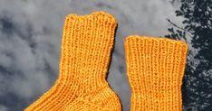 Lester til barn // Childrens socks Barn, Socks, Converted Barn, Sock, Stockings, Ankle Socks, Barns, Shed, Sheds