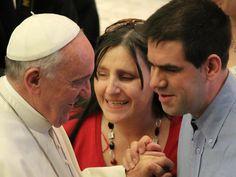 Es blasfemo pensar que la discapacidad o la enfermedad es un castigo de Dios, dice el Papa