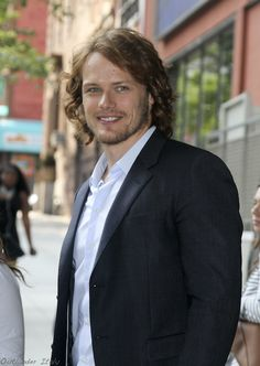Sam @Heughan promoting #Outlander in NYC ♡ pic.twitter.com/bf4sAZtBTH