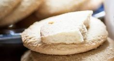 Cornish clotted cream shortbread recipe from Rodda's Shortbread Recipes, Cookie Recipes, Dessert Recipes, Uk Recipes, Clotted Cream Recipes, Cream Biscuits, English Food, English Recipes, British Baking