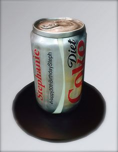 The amazing illusion cakes were all the creation of California-based Debbie Goard a.a Debbie Does Cakes. Diet Coke Cake, Coca Cola, Realistic Cakes, Making Fondant, Cola Cake, Sculpted Cakes, Coke Cans, Cakes For Men, Unique Cakes