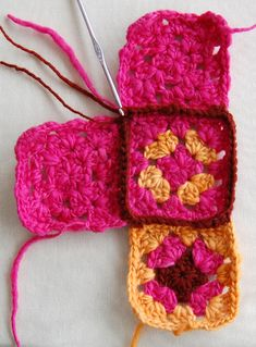 Whit's Knits: Granny Square Slippers - The Purl Bee. Good instructions for granny squares and then connecting them. ♡♡♡