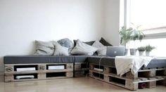 Je crée un couchage supplémentaire avec des palettes - 51 idées pour rebooster votre déco - CôtéMaison.fr