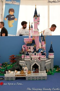 Once Upon a time... The Sleeping Beauty Castle #Lego #LegoModular #LegoBuild #legobuilding #MOC #MOCs #legoCastle #Castle #Disney #Cindarella #LEGODisney