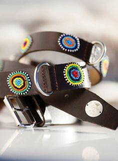 Hippie Dog Style . Leder Hundehalsbänder mit Perlen bestickt . diverse Größen . boho . african