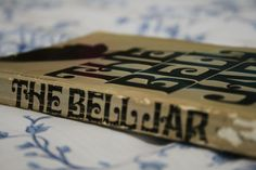 The Bell Jar is a great insight into the greatness and fragility of Sylvia Plath's mind.