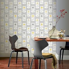 Retro Flower by Arthouse - Grey / Yellow - Wallpaper : Wallpaper Direct Retro Flowers, Retro Floral, Retro Wallpaper, Flower Wallpaper, Grey Wallpaper, Art House, Feature Wallpaper, Geometric Flower, Open Plan Living