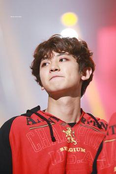 Chanyeol - 170119 26th Seoul Music Awards  Credit: Spunky Action, Baby!. (제26회 서울가요대상)