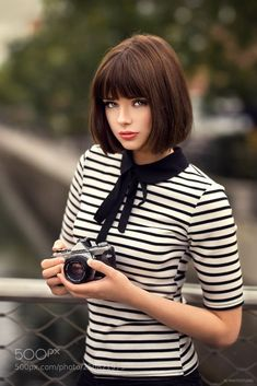 5 short layered bob hairstyles: best layered bob hairstyles ever Short Bob Hairstyles bob Hairstyles Layered Short Short Hair With Bangs, Short Hair Styles, Blunt Bob With Bangs, Bob Bangs, Layered Bob Short, Short Bob Fringe, Layered Bobs, Layered Bob Hairstyles, Bob Hairstyles With Bangs