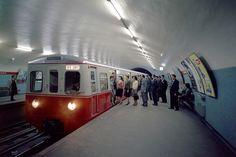 O Metropolitano de Lisboa, mais concretamente, o cais da estação de Saldanha, numa fotografia tirada posteriormente a 1959.