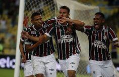 Henrique fez o primeiro gol da vitória por 3 a 0 contra o Goiás (Foto: Nelson Perez / Divulgação)