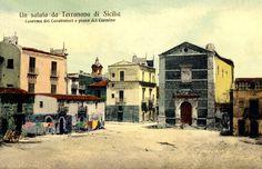 Piazza del Carmine con la chiesa omonima in una cartolina degli anni Venti.