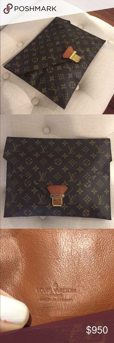 Louis Vuitton Vintage Envelope Clutch This is a very rare piece in mint condition. It can fit an iPad. Measures: length 9.5, width 13.5, depth 0.2. Absolutely no trades! Firm on price Louis Vuitton Bags Clutches & Wristlets