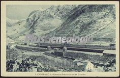 La Estación internacional en invierno de Canfranc (Huesca). Foto antigua de CANFRANC, HUESCA (ARAGON). Plusesmas.com