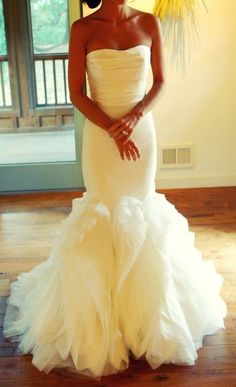 mermaid style wedding dress. beautiful!