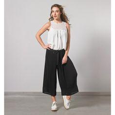 Top Elegie et le pantalon culotte Iris.