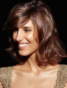 Hairstyles, haircuts, hair care and hairstyling. Hair cutting and coloring techniques to create today's popular hairstyles. Party Hairstyles, Popular Hairstyles, Cute Hairstyles, Hair Styles 2016, Long Hair Styles, Colouring Techniques, Smile Face, Shoulder Length, Hair Care