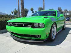 Dodge Challenger 570