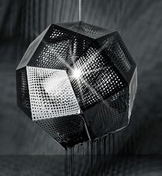Tom Dixon - Etch Pendant #dramatic #pendantlighting #lightingeffects
