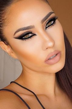 120 sexy makeup ideas that will inspire you – page 1 Sexy Eye Makeup, Glam Makeup, Makeup Inspo, Eyeshadow Makeup, Makeup Inspiration, Eyeliner, Hair Makeup, Make Up Looks, Perfect Makeup